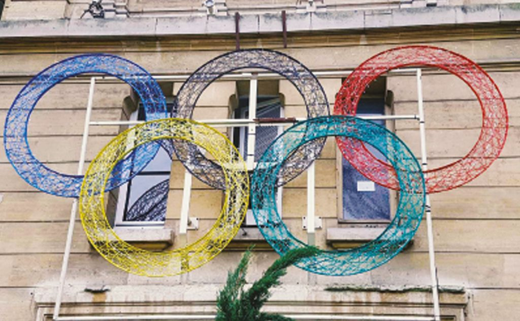 Décoration pou collectivité, logo des jeux olympiques tissée en fibre de verre