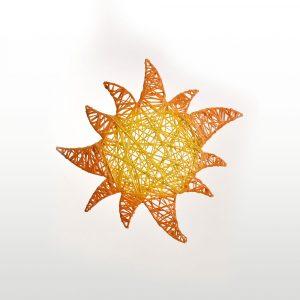 Soleil, structure 2D, fibre minérale - ourson debout - formes décoratives tissées